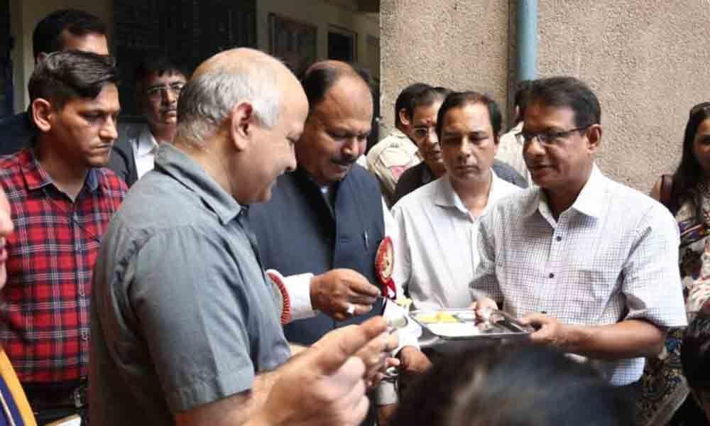 New Delhi: Impressed by happiness curriculum, Bangladesh Minister invites Sisodia