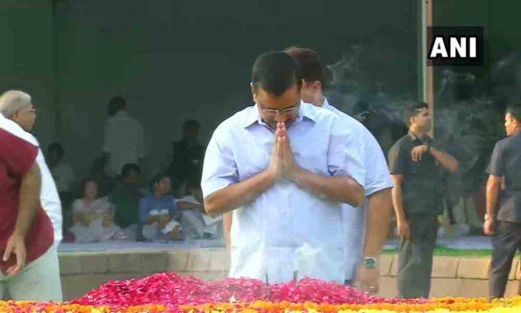 New Delhi CM, Deputy CM pay tributes to Gandhi, Shastri
