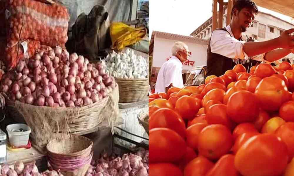 Onion, tomatoes, garlic stolen in Lucknow