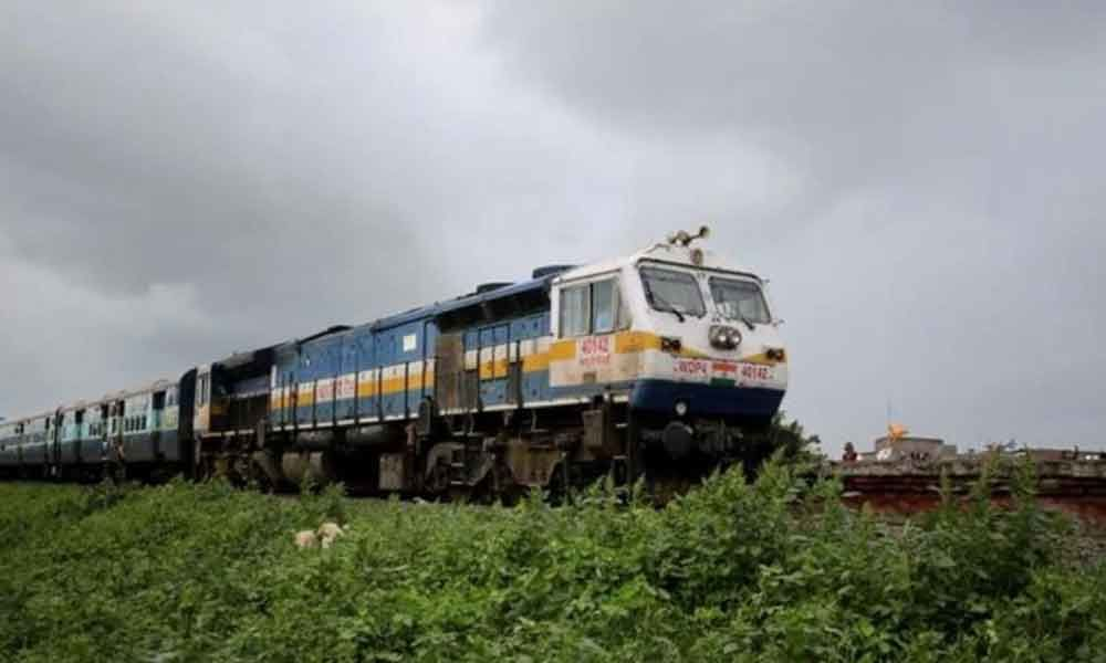 Railways to implement 18000-crore project to run trains at 160 kmph in Delhi