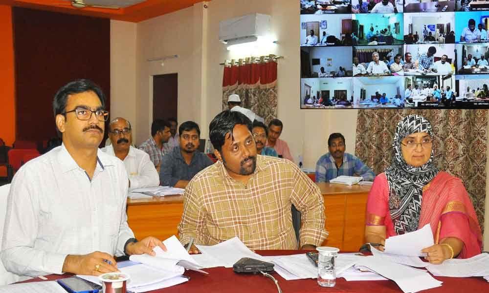 Help ryots get Bharosa benefits, JC tells officials