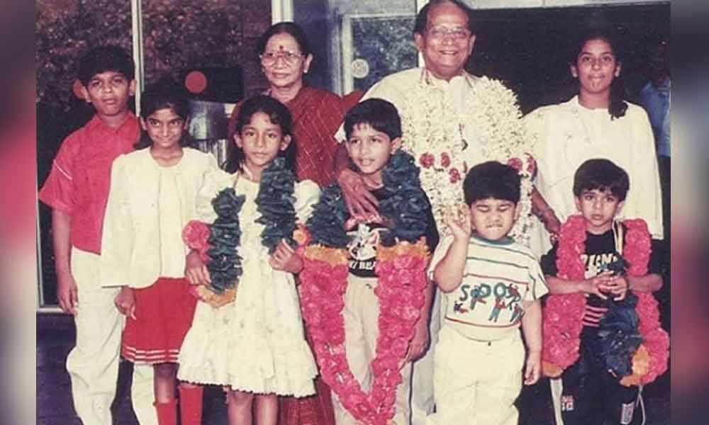 Allu Arjun shares an aww worthy throwback picture of his childhood on Instagram