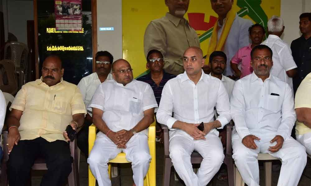 Black day, says Galla Jayadev after police stops protest against three capitals
