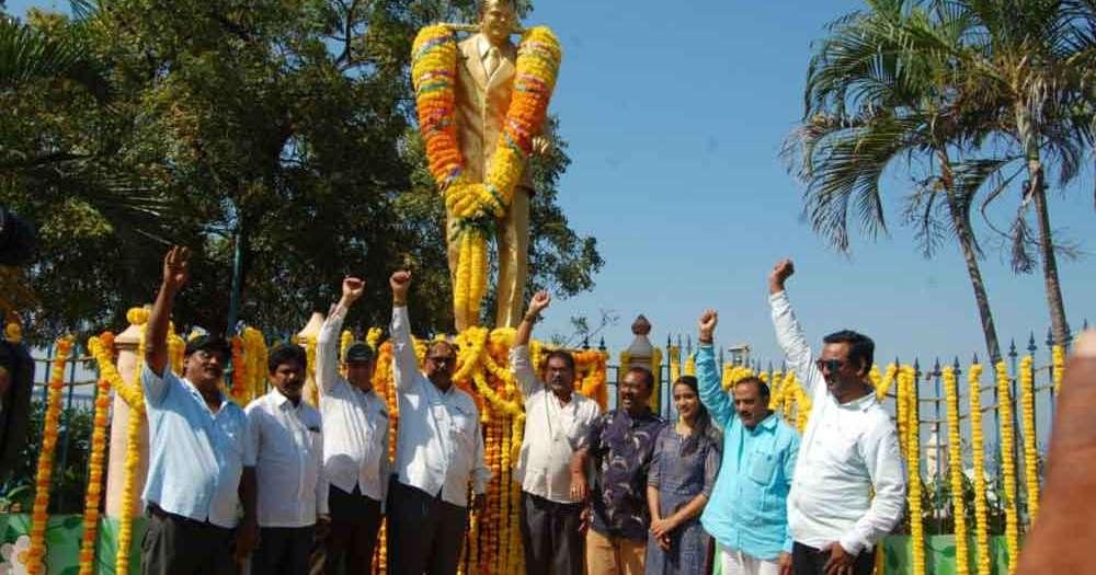 Rajamahendravaram: Rich tributes paid to comedian Rajababu