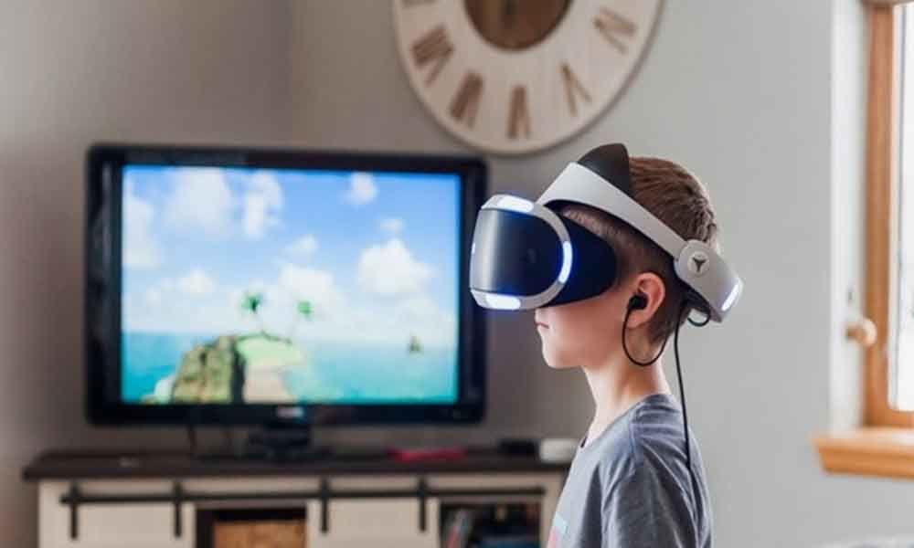 Emotional storyline can reduce virtual reality cybersickness