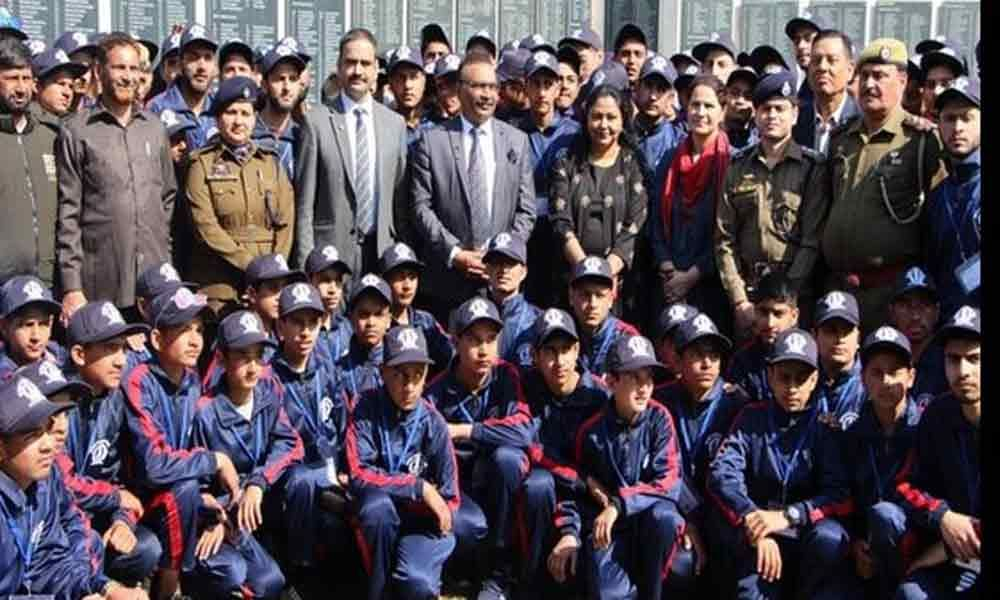 Home Ministry organises Bharat Darshan tour for children of Jammu and Kashmir