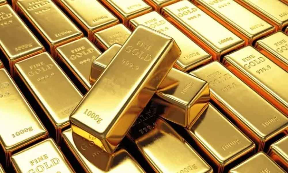 Gold prices remains steady while silver declines on Wednesday, February 19