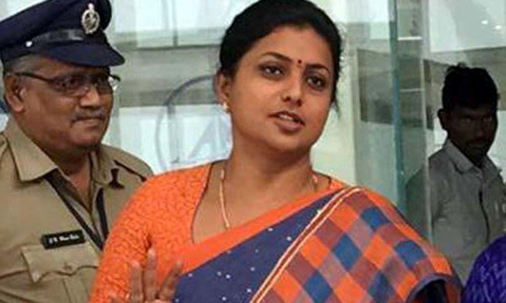 MLA RK Roja feels the heat of Amaravati protesters at SRM University