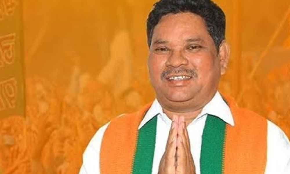 BJP MP Soyam Bapurao throws weight behind tribals