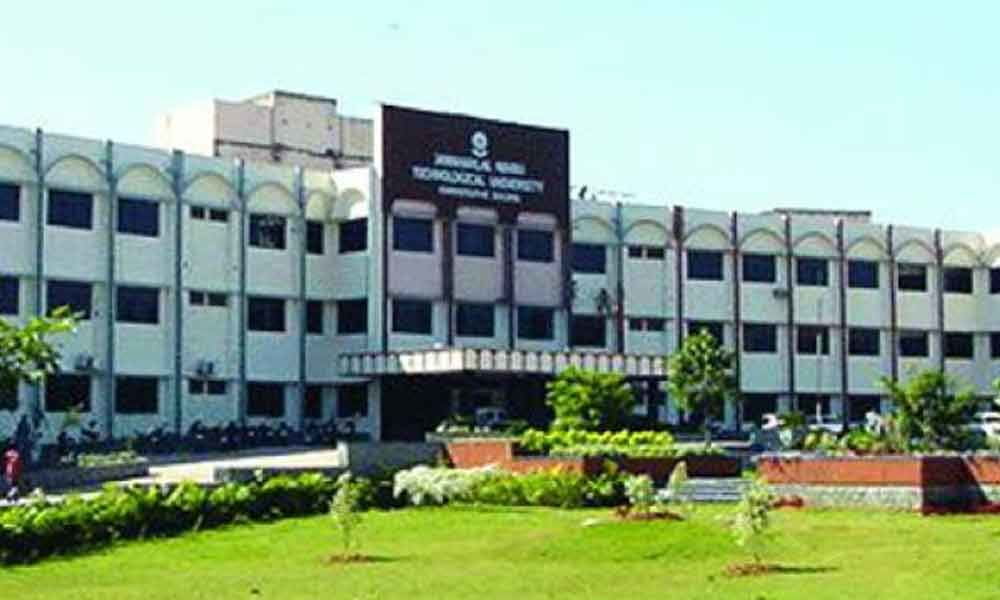 Most colleges affiliated to JNTU-H fail to update websites