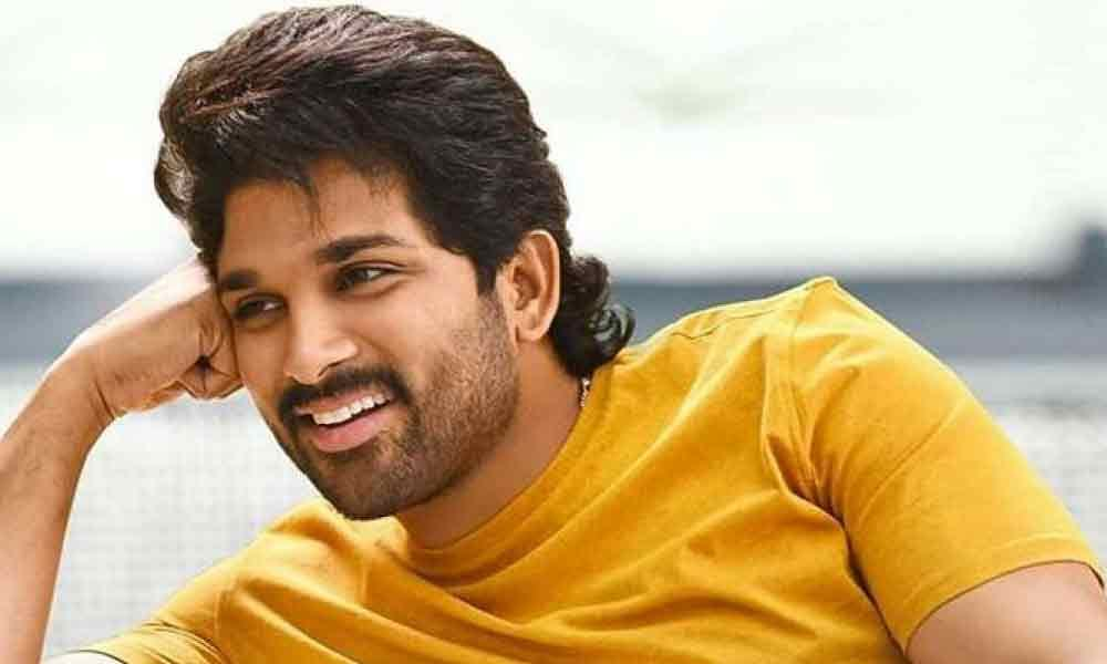 Allu Arjun Steps Out In His Casual Best After A Long Time And Stoles The Hearts Turning Voguish