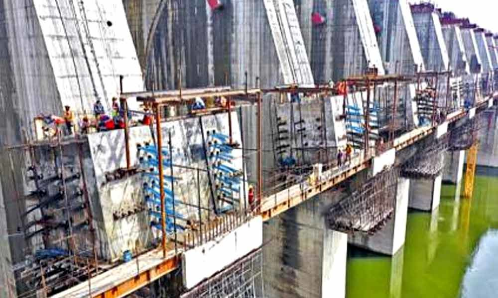 Andhra Pradesh: PPA intensifies efforts for approval of pending designs of Polavaram head works - The Hans India
