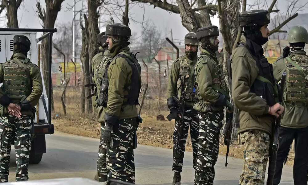 Gunfight breaks out in South Kashmirs Pulwama