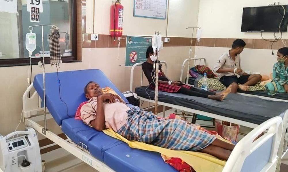 Rajamahendravaram: After Covid, dengue, malaria sting tribals - The Hans India