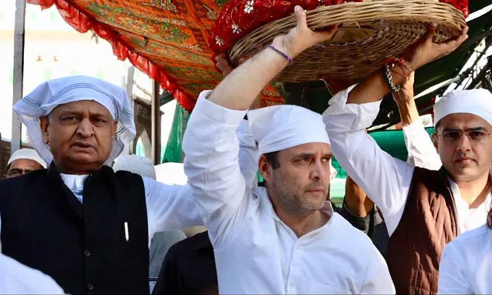 Rahul hands over chadar to be offered at Ajmer Sharif Dargah