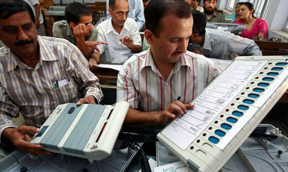 Money, muscle, social media to decide poll victory