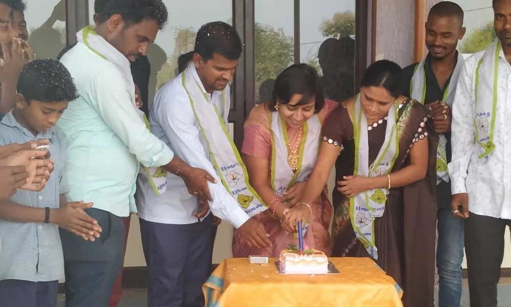 Jagruthi wing celebrates MP Kavithas birthday