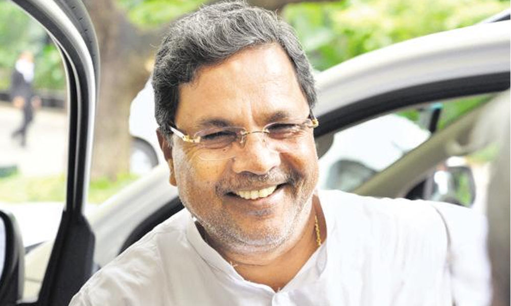 Siddaramaiah manages to retain Mysore seat for Congress