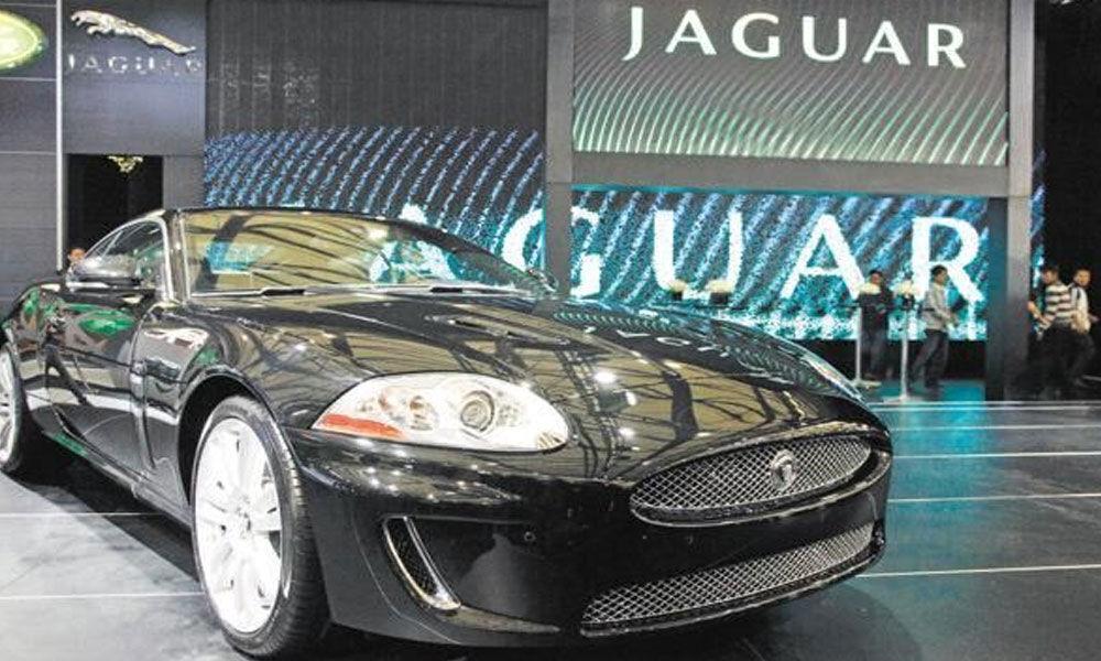 JLR recalls 44,000 cars in UK