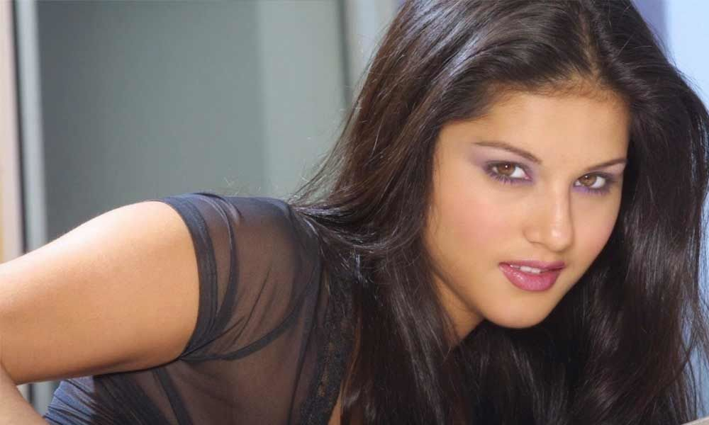 Actors make the worst friends: Sunny Leone