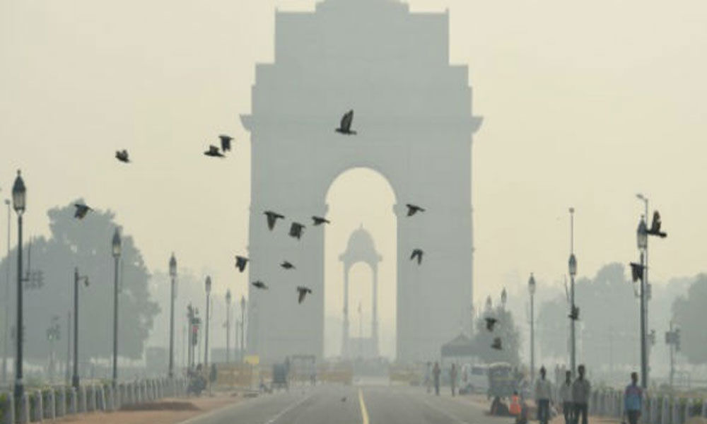 Bright, chilly in Delhi as mercury drops to 10
