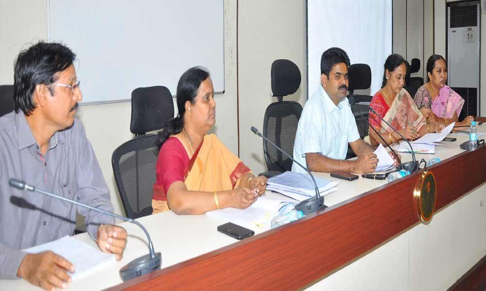 Limit poll expenditure, Collector Lokesh kumar tells netas