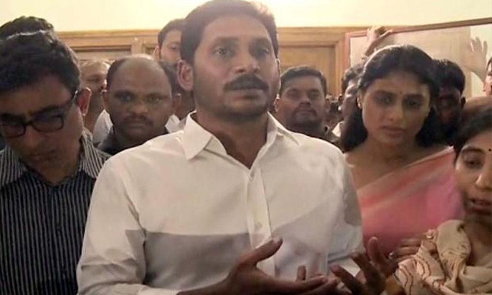 YSRCP alleges TDPs role in Vivekananda Reddys death, demands CBI enquiry