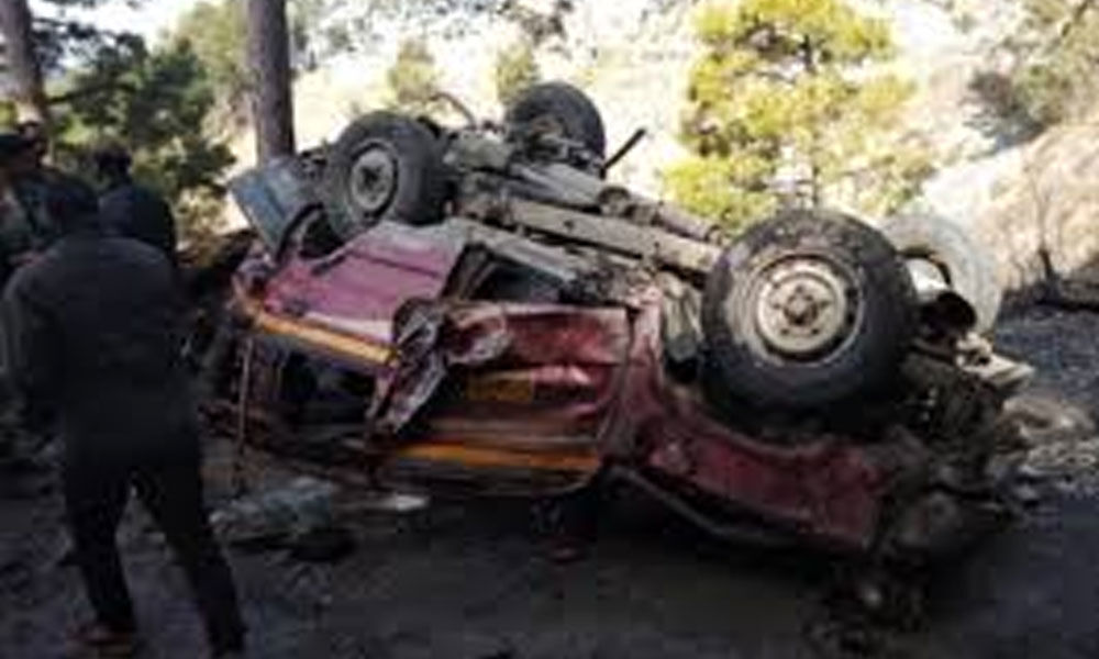 11 killed in Jammu and Kashmir road accident