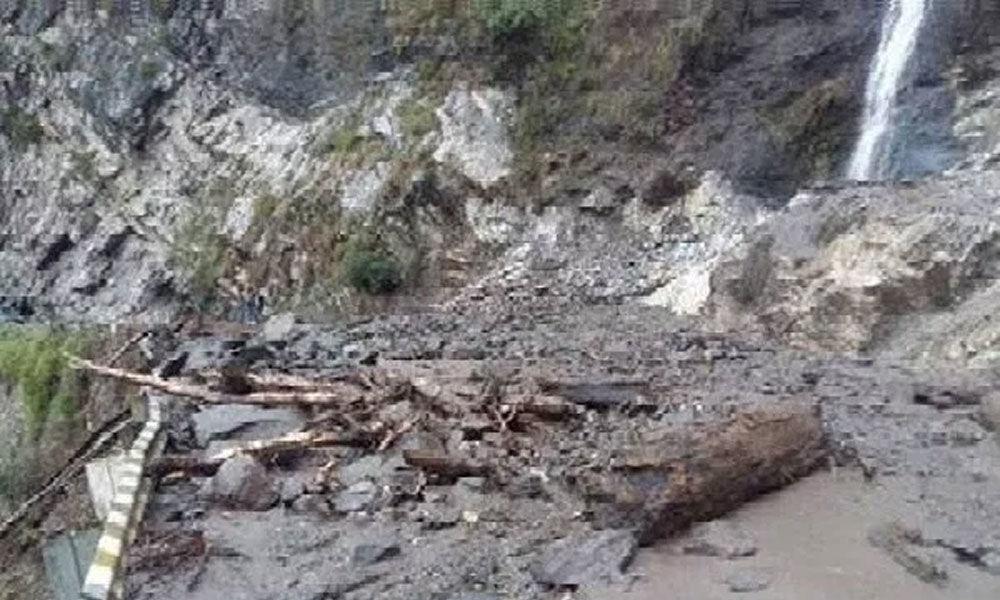 1 killed, 3 injured in landslide in J&K