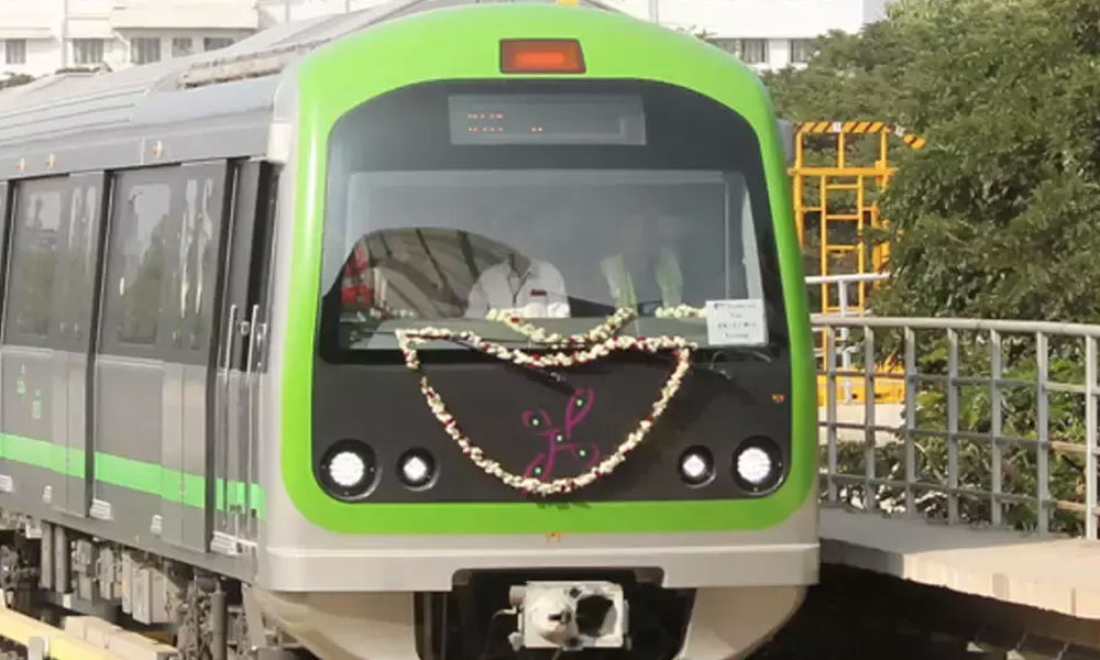 Back on Track: Metros 72-km Phase 2 project.