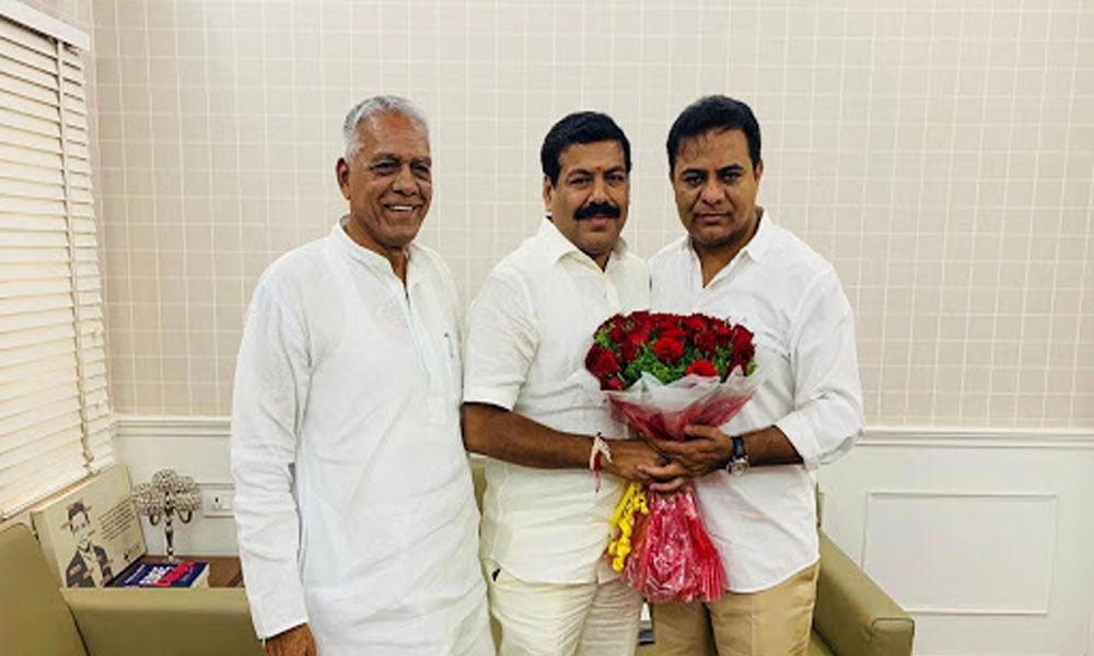Congress MLA Harshavardhan Reddy set to join TRS