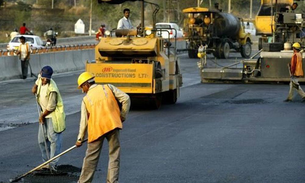 Fund crunch bites road developers