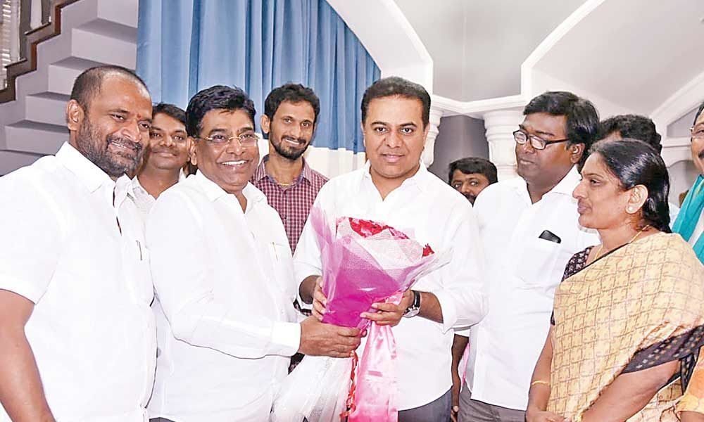 Nama vows to strengthen TRS in Khammam