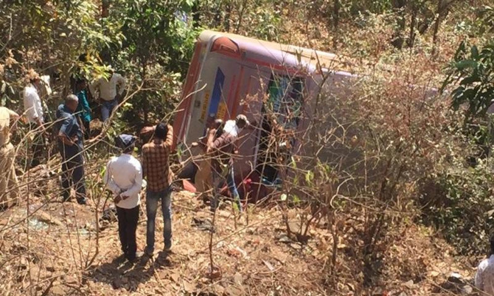 Four killed, many hurt as bus falls into gorge