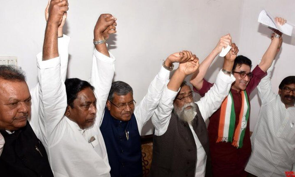 Congress finally cobbles up alliances in many States