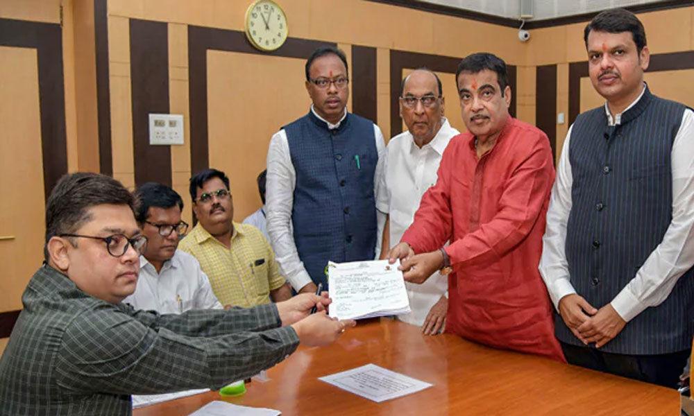 Gadkari declares assets worth Rs 25.12 crore in election affidavit