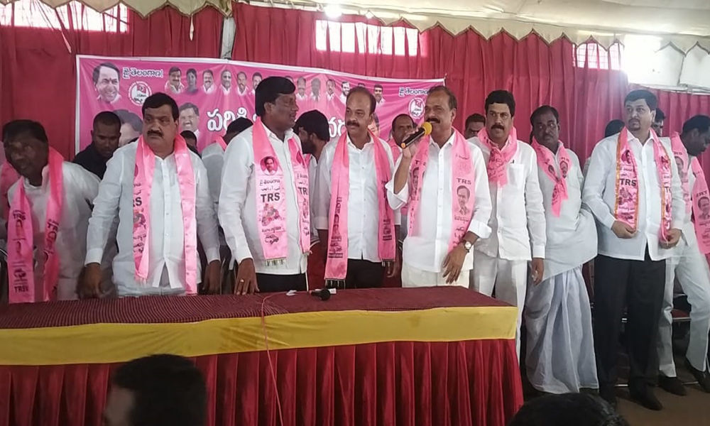 Work like soldiers, TRS workers told