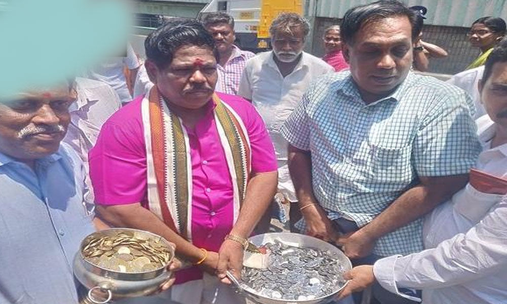 TN candidate files nomination by paying for security deposit in coins