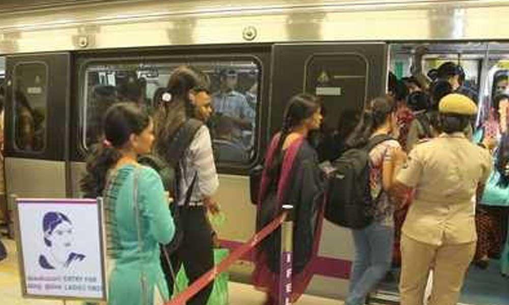 Minimum balance for a Bangalore Metro smartcard fixed at Rs 50