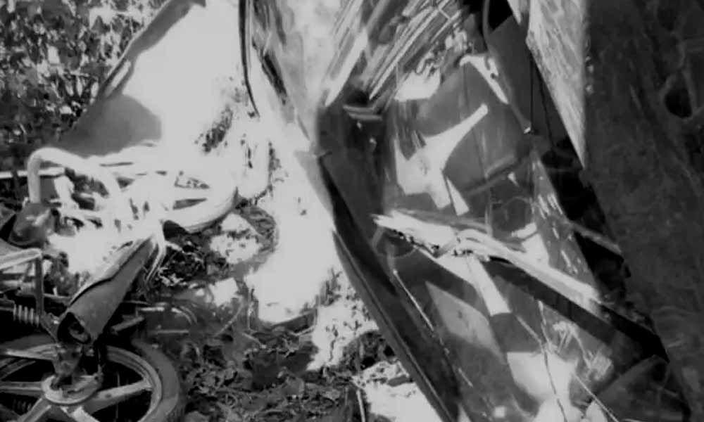Speeding car knocks down dead three