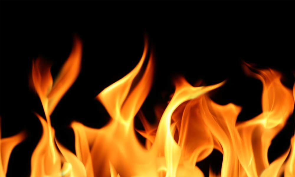 Fire breaks out at chemical godown