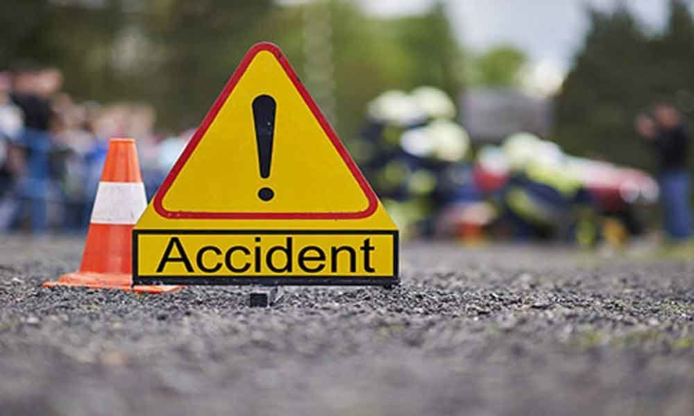 Two IAF officers killed in Pulwama road accident