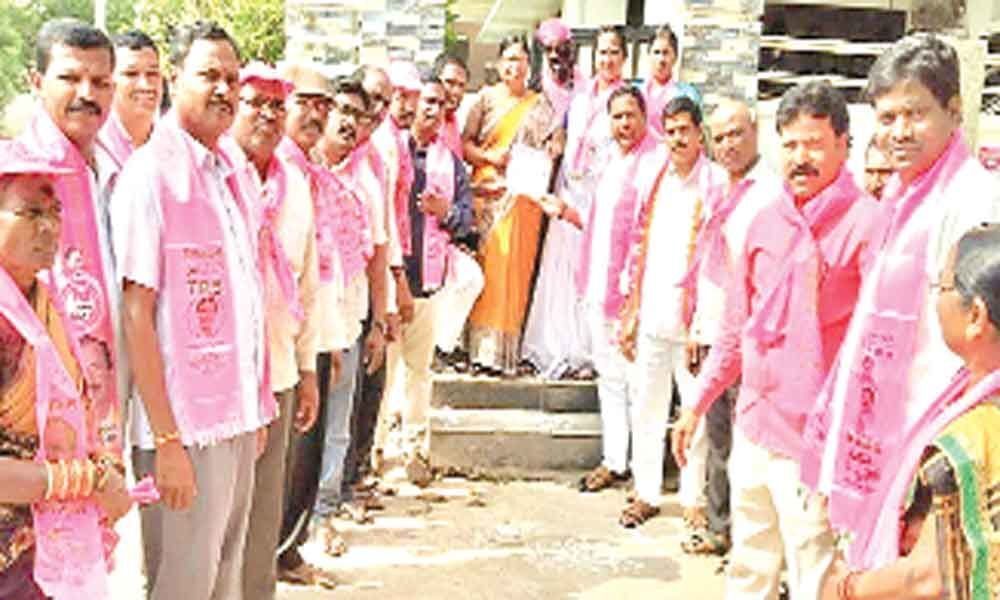 Bannala campaigns for Marri Rajasekhar Reddy