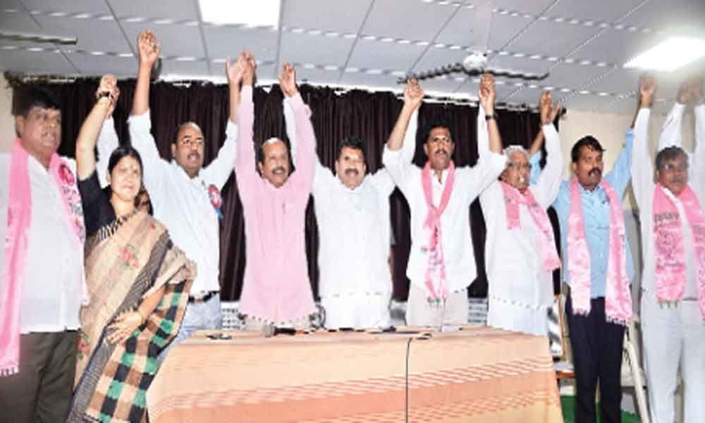 KCR a labour-friendly leader: Muta Gopal
