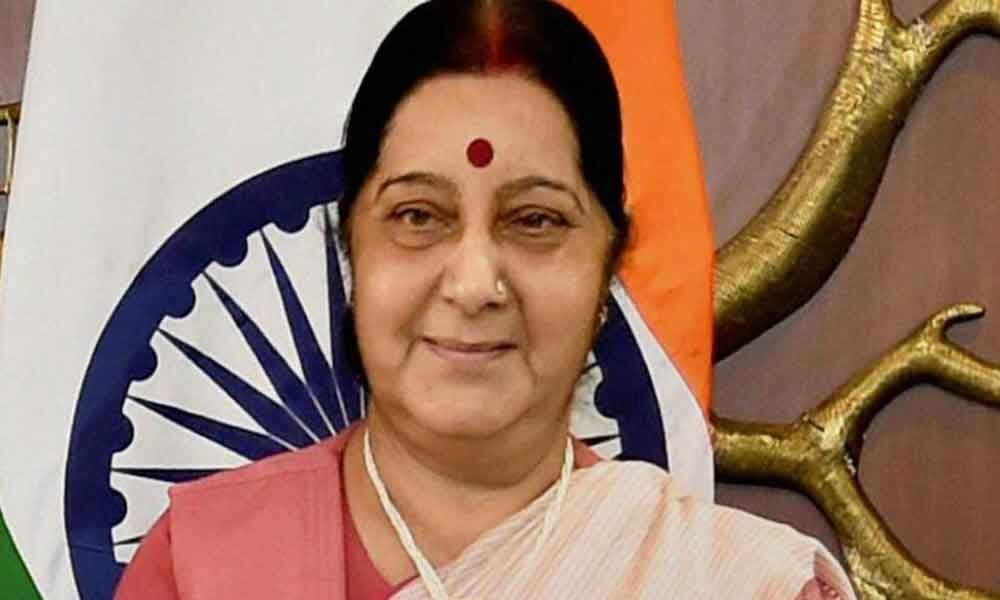 Sushma tells Rahul Gandhi to maintain decorum after hurtful comments on LK Advani