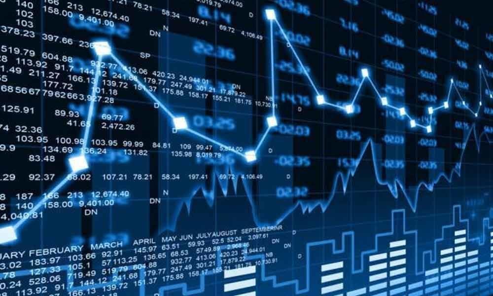 Mkts gain on earnings optimism
