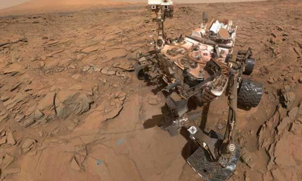 Mars Curiosity rover tastes first Martian sample in