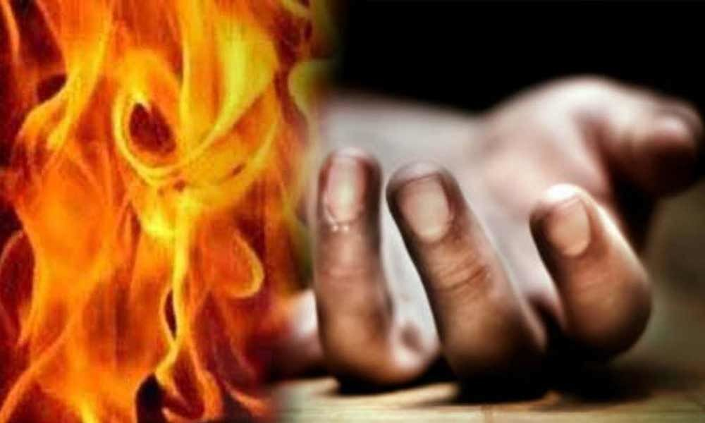 Woman in Uttar Pradesh set on fire after she foils youth