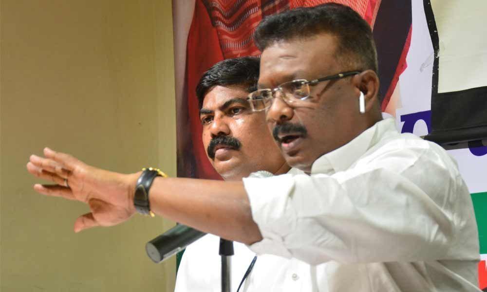Congress alleges huge scam in Telangana police recruitments