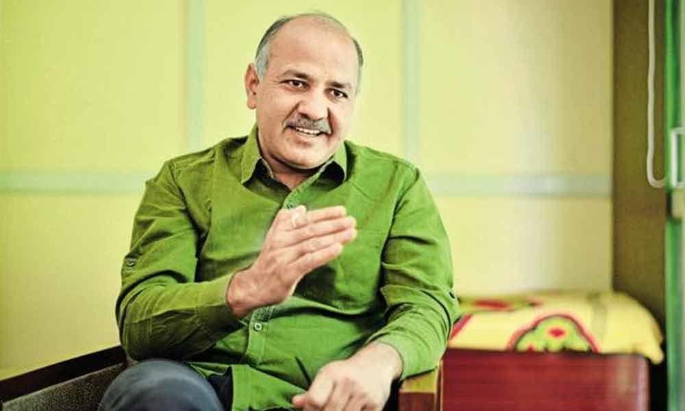 Cong-AAP hide & seek : Alliance in Delhi alone not possible: Sisodia